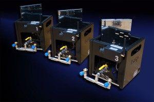 Funkgesteuerte Gasprojektoren ermöglichen die punktgenaue Erzeugung von bis zu 8 Meter hohen Flammensäulen
